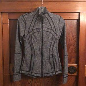 Lululemon heathered black Define jacket sz 4